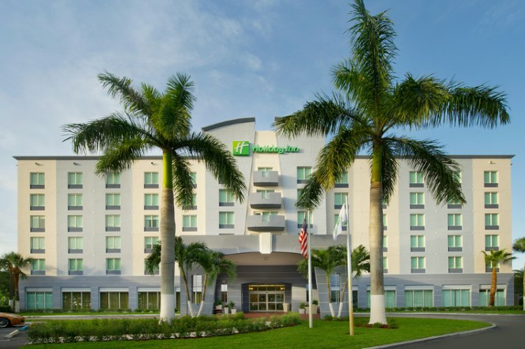 Staybridge Suites Miami Doral 1 of 16