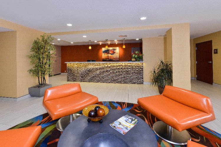 Best Western Plus Fresno Airport Hotel Lobby 4 of 16
