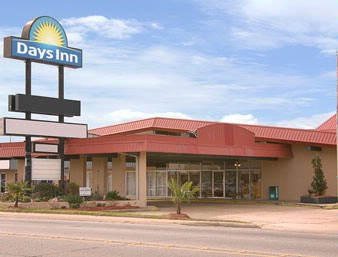 Days Inn Leesville 1 of 5