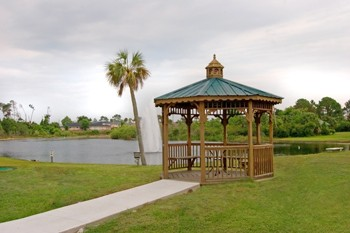 Gazebo On The Lake 5 of 9