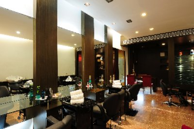 Beauty Salon & Spa 13 of 20