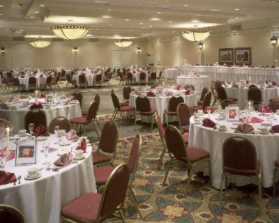 Our Beautiful Ballroom Hosts Over 50 Weddings Annually 7 of 11