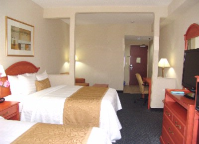 Executive Room With Separate Sitting Area 13 of 20