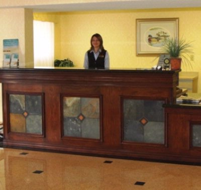 Homewood Suites Front Desk 5 of 10