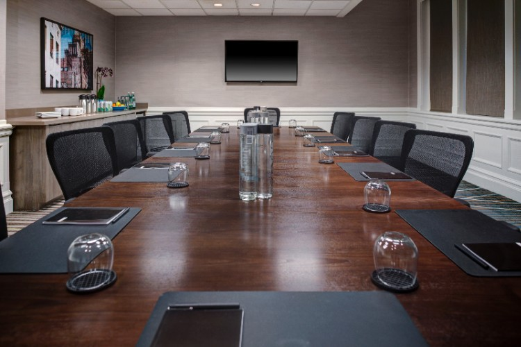 Executive Board Room 8 of 10