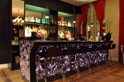 Cocktail Bar 24 of 31