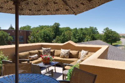 Regency Grand Outdoor Balcony / Looking At The Missouri River 22 of 22