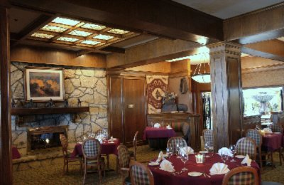 Enjoy A Tulsa Tradition At Cattleman\'s Steakhouse Located In Our Atrium 8 of 10