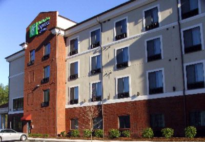 Holiday Inn Express & Suites Rockingham 1 of 4