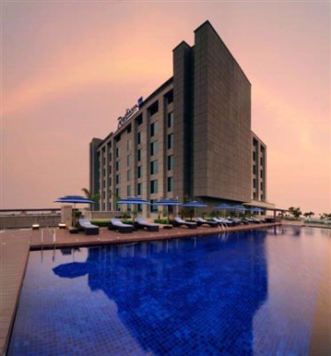 Radisson Blu Hotel New Delhi Paschim Vihar 1 of 5