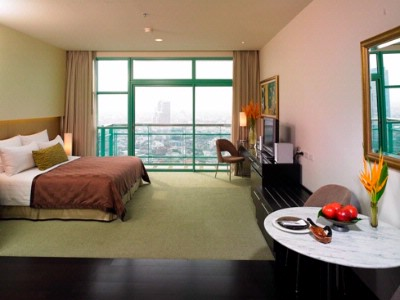 Grand Room With Balcony 8 of 16