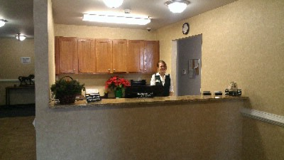 Front Desk 4 of 7