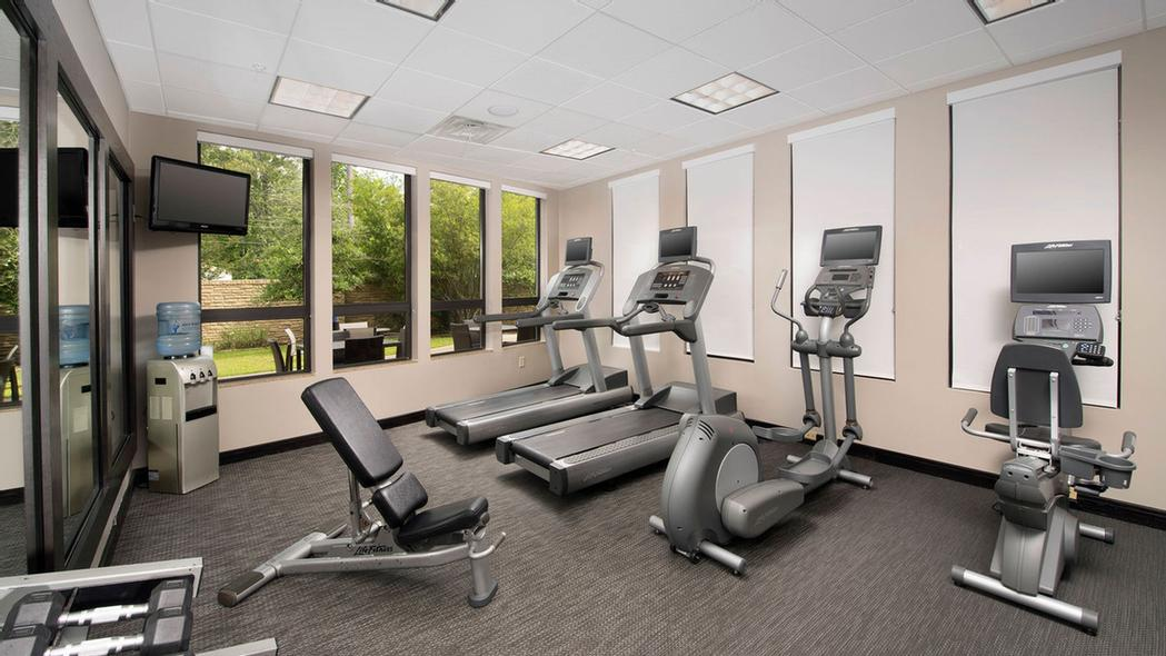 Fitness Center 3 of 23
