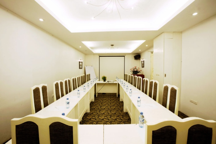 Meeting Room 15 of 22