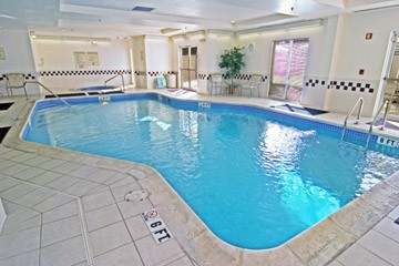 Indoor Swimming Pool 8 of 11