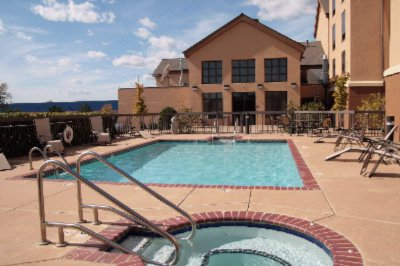 Outdoor Heated Pool And Spa 3 of 10