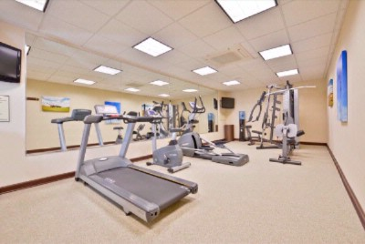 Fitness Room 12 of 15