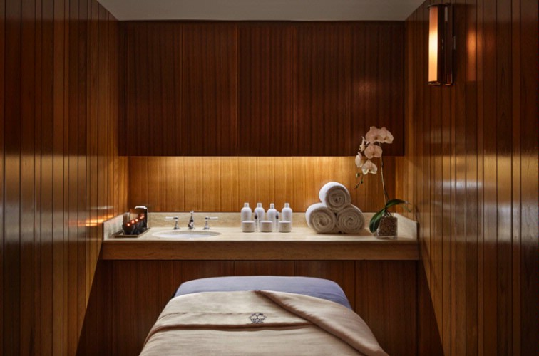 Spa Treatment Room 9 of 9