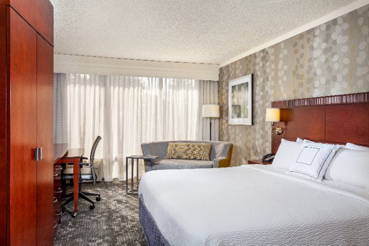 Courtyard by Marriott Fairfield Napa Valley Area 1 of 15