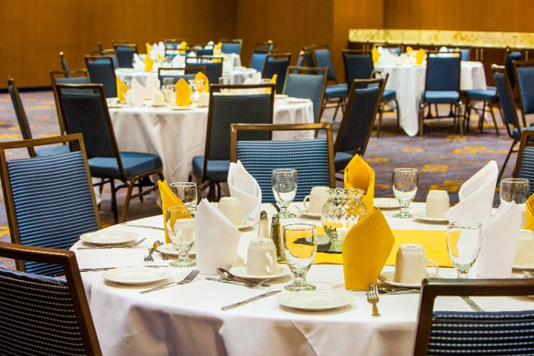 Ballroom Dining 14 of 15