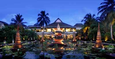 Le Meridien Khaolak Beach & Spa Resort 1 of 6