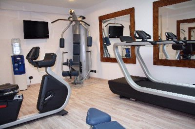 Fitness Room 6 of 11