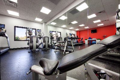 Fitness Center (Open 24 Hours) 7 of 14