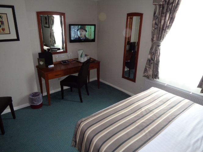 Double Room 3 of 7