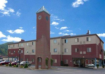 Econo Lodge Johnstown 1 of 11