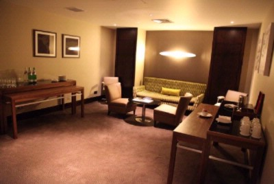 Boardroom Lounge 3 of 9