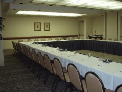 1600 Square Feet Of Indoor Meeting Space 7 of 10