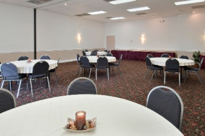 Banquet And Meeting Room 7 of 10