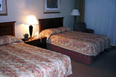 Two Double Bedded Guest Room 4 of 11