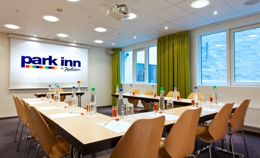 Modern And Flexible High-Tech Meeting Rooms. 14 of 16