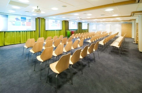 Perfectly Situated Venue For Conferences Corporate Events Seminars And Tranings. 15 of 16