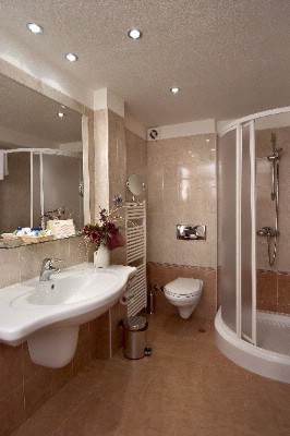 Bathroom -Cubicle 7 of 29