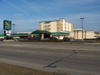 Quality inn suites bradley il 800 north kinzie 60915 for North american motor inn banquet hall